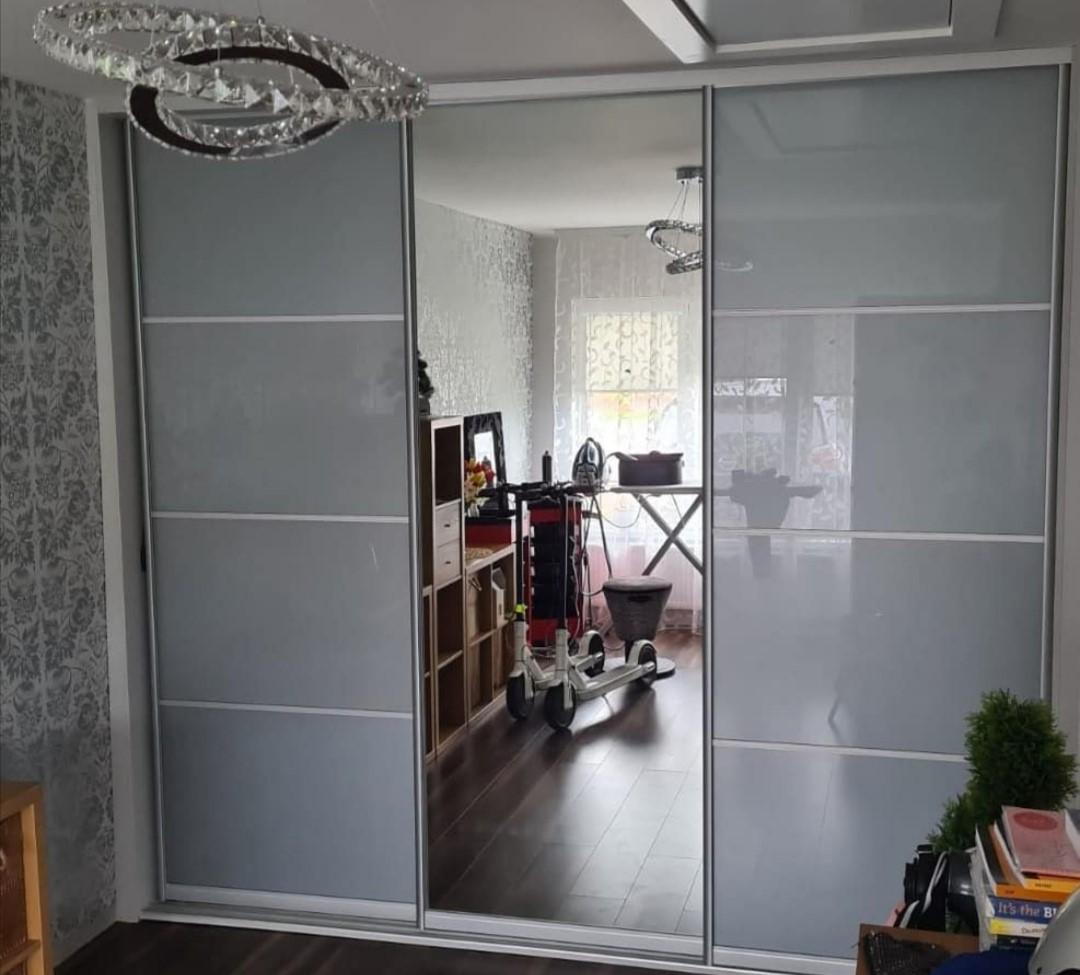 door8