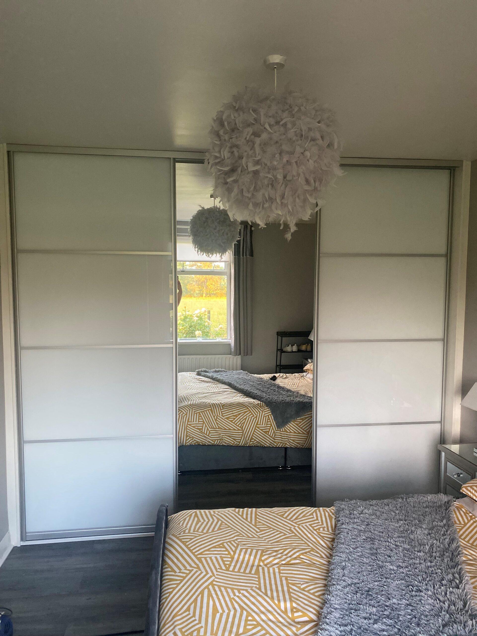 White Glass & Mirror Combo Sliderobe